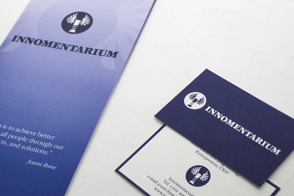 Visuaalinen ilme, logo, printti, web, valokuvaus & kuvankäsittely Innomentarium Oy:lle - Mainostoimisto IOStudio | Studio Ilpo Okkonen