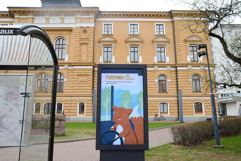Animaatio ja kuvitus Oulun bussipysäkkien infotauluille - Mainostoimisto IOStudio | Studio Ilpo Okkonen